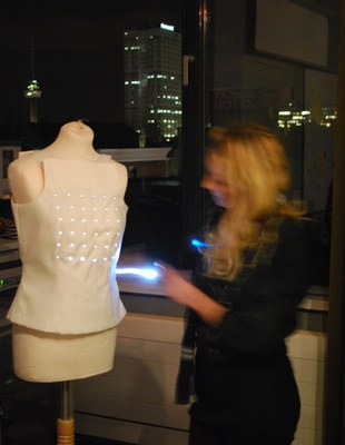 How to Present Wearables to an Audience